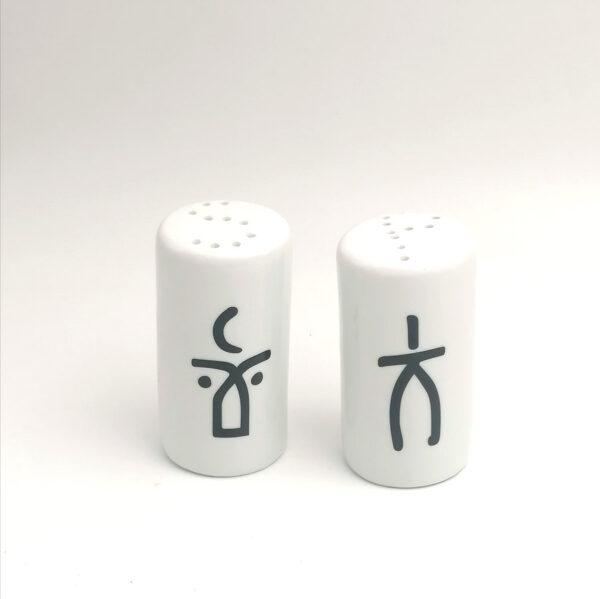 Man & Woman - salt & pepper